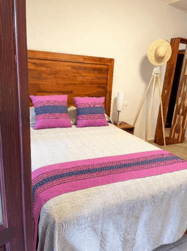 Room 1 – Full bed – 3/22