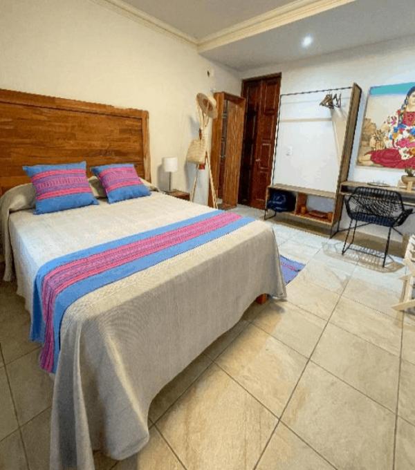 Room 2 – Full bed – 12/21